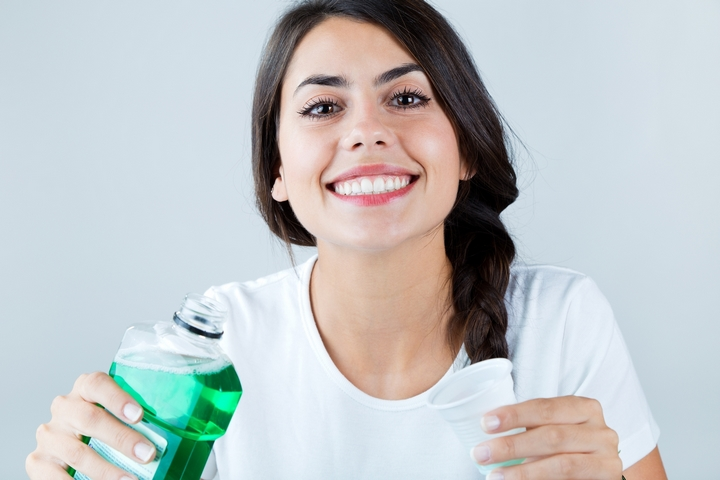 6 Best Teeth Whitening Products You Should Use