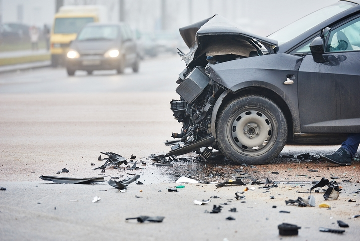 6 Signs You Need to Contact a Car Accident Lawyer